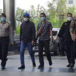 Gubernur Sulawesi Selatan Nurdin Abdullah tiba di Gedung KPK