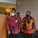 Ketua KPK Komjen Firli Bahuri menyambut kedatangan Menag Yaqut Cholil Qoumas - dok Kemenag